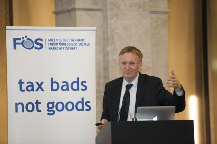 2015 Adam Smith Prize presented to former Commissioner Janez Potočnik